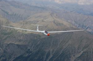 glider-pilot-244990_1280